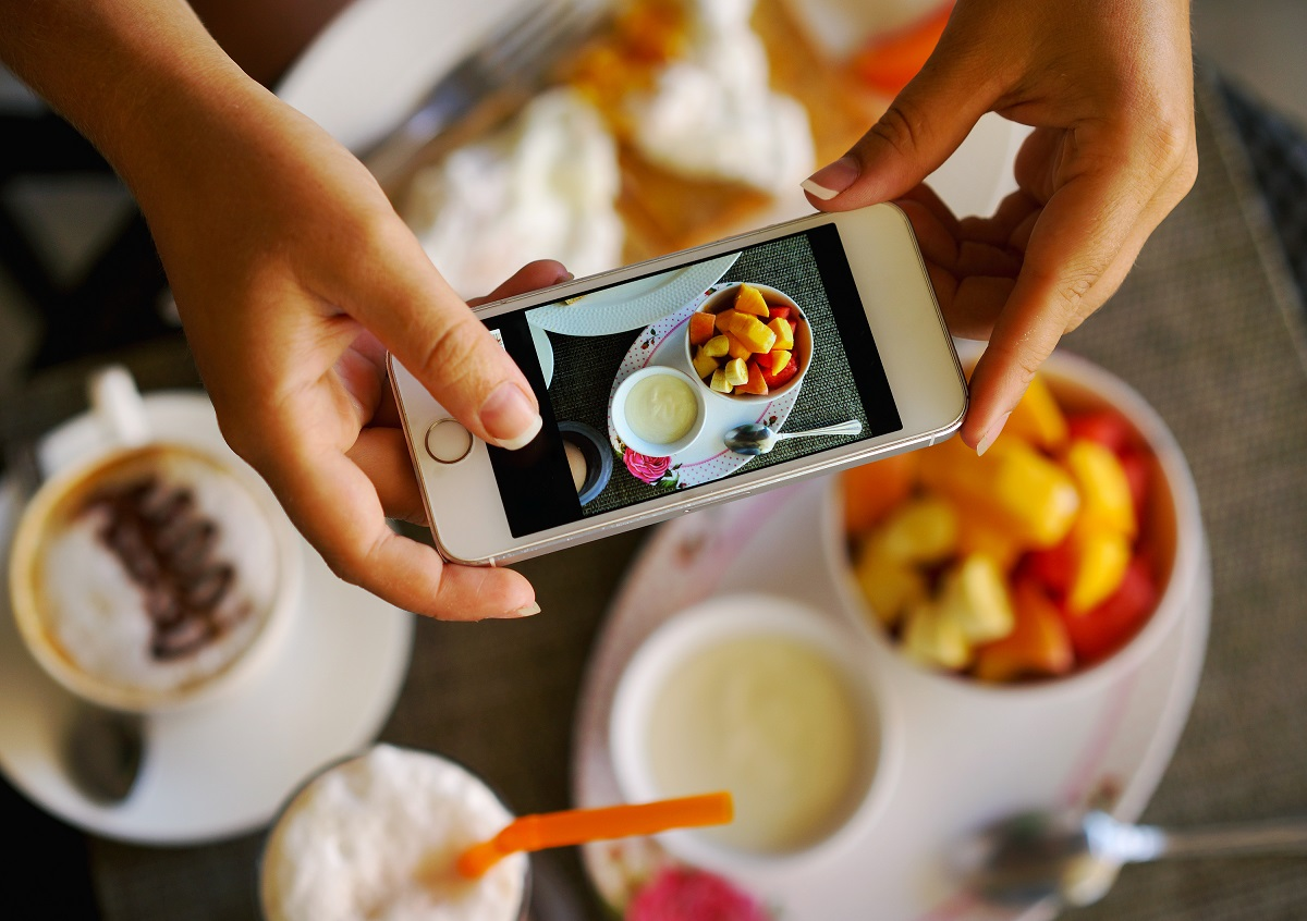 taking video of a food